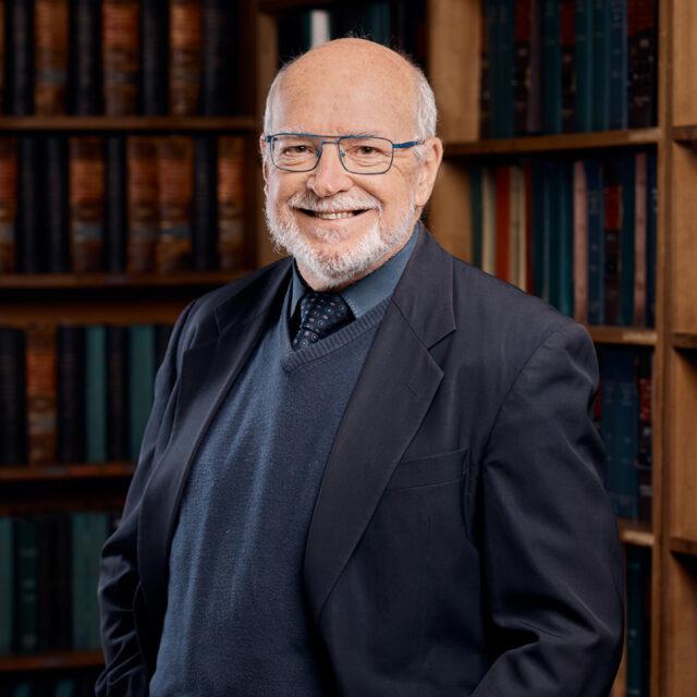 Simon G J Bull